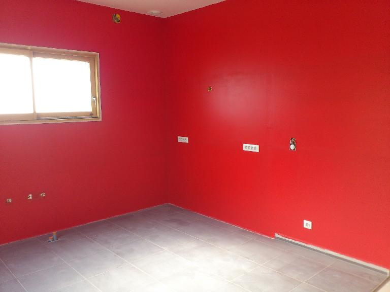 Stunning Chambre A Coucher Peinture Rouge Pictures - Antoniogarcia ...